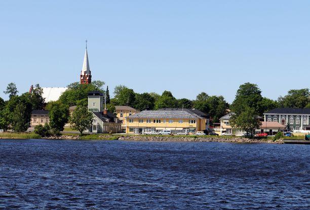 Epäilty on osallistunut kunnallispolitiikkaan Kristiinankaupungissa Pohjanmaalla. Kuvituskuva.