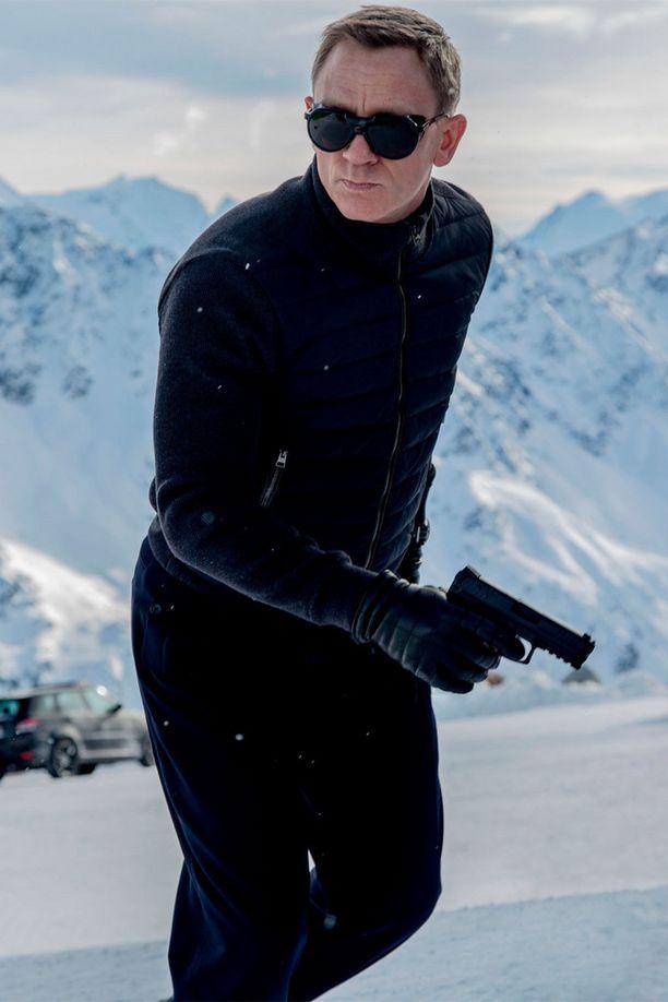 Daniel Craig näyttelee James Bondia ainakin vielä yhdessä elokuvassa.