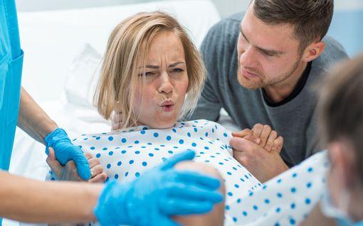 Vau.fi: Miksi synnyttäminen sattuu?