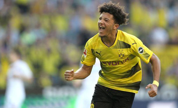 Dortmundin Jadon Sancho kurmuutti Leverkusenia.