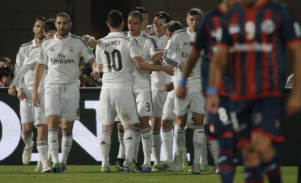 Real Madrid juhlii maailmanmestaruutta ensi kertaa historiansa aikana.