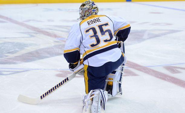 Pekka Rinne pelasi kolme kautta AHL:ssä, kunnes vakiopaikka NHL:ssä aukesi. Nyt hän on yksi liigan parhaiten palkattuja maalivahteja.