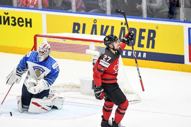 Shea Theodore iski MM-finaalin avausmaalin Suomen verkkoon. Ottelun jälkeen hänelle kerrottiin painajaismainen uutinen.