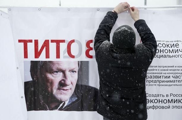 Boris Titov on liberaali ehdokas, mutta myös Putinin myötäilijä.