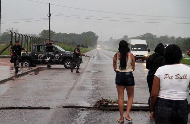 Poliisioperaatio vankilapaon yrityksen jälkeen Brasilian Belenissä.