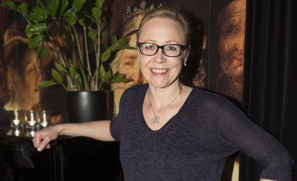 Mari Posti nähdään ensi viikosta alkaen Lissuna Uusi päivä -sarjassa.