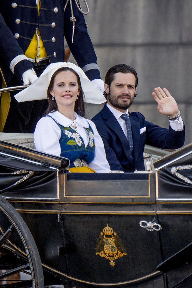 Prinsessa Sofia ja prinssi Carl Philip osallistuivat viime viikolla Ruotsin kansallispäivän juhlallisuuksiin.