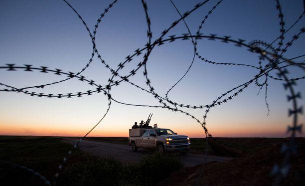 Komissaari Julian Kingin mukaan jo kourallinen jihadisteja voi aiheuttaa Euroopassa vakavan uhan.