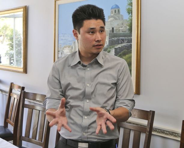 Daniel Chong oli menettää järkensä ja henkensä, kun hänet jätettiin virumaan ikkunattomaan selliin raudoitettuna viideksi päiväksi ilman ruokaa tai vettä.