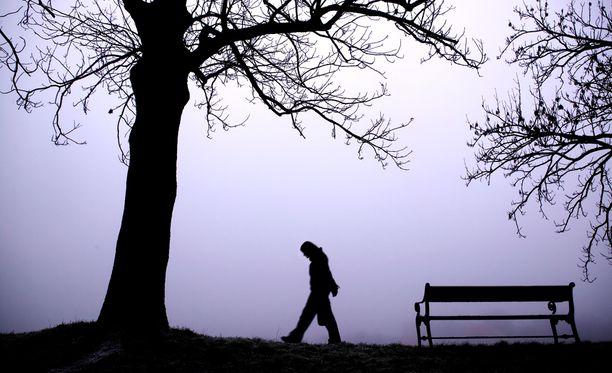 Luonnonvaloa on talvisaikaan vähän, ja se voi aiheuttaa ikäviä oireita.