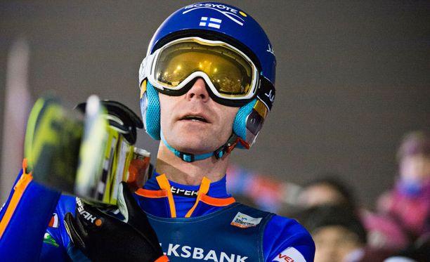 Pääseekö Janne Ahonen MM-kisoihin? Muun muassa sitä saadaan jännittää aivan kisojen kynnykselle.
