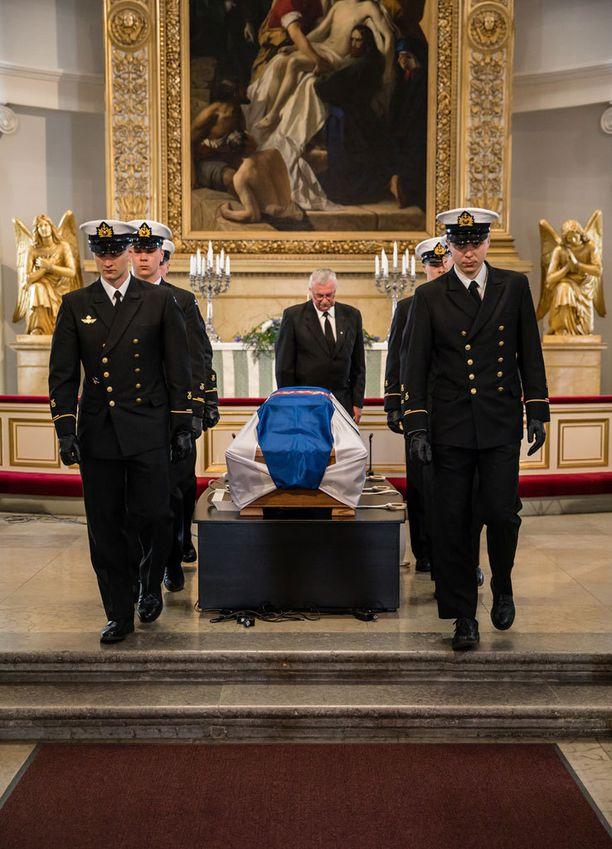 Presidentti Mauno Koivisto saatetaan tänään viimeiselle matkalleen.