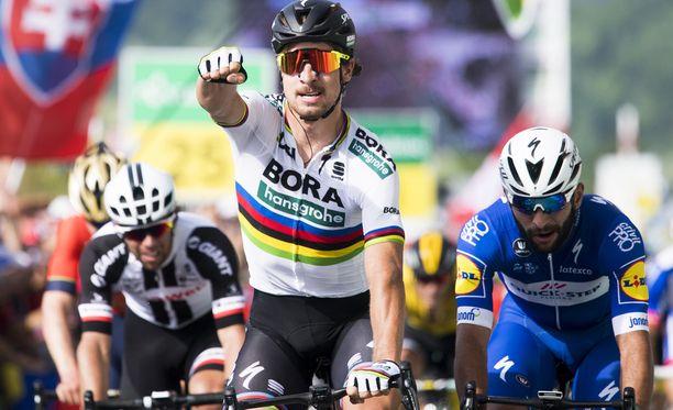 Peter Sagan rohmuaa itselleen jo kuudetta pistekilpailun voittoa Tourissa.