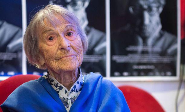 Brunhilde Pomsel kuvaili Joseph Goebbelsia ilmiömäiseksi näyttelijäksi, joka osasi muuttua yhdestä ihmisestä toiseksi hetkessä.