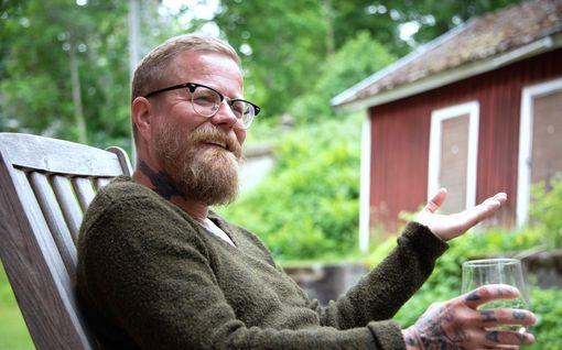 Wallu Valpio esittelee erilaisen kesämökkinsä – vuokra käsittämätön 90 euroa kuussa: katso kuvat