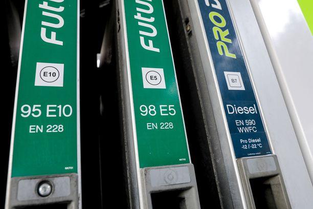 North European Oil Trade toimittaa polttoaineita Pohjoismaiden suurimmille huoltamoketjuille.