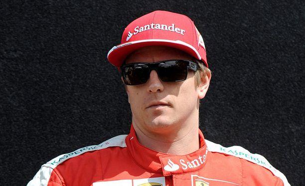 Kimi Räikkösen avauskisa päättyi keskeytykseen.