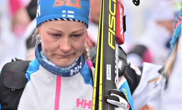Anne Kyllönen itki minuutteja Lahden MM-kisojen 10 kilometrin kisan jälkeen.