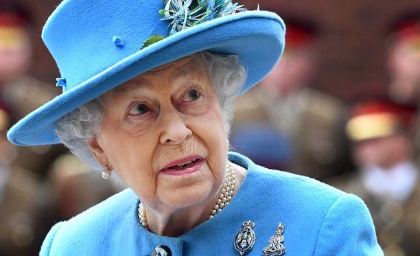 Duchy of Lancaster hallinnoi kuningatar Elisabetin yksityisomaisuutta. Osa omaisuudesta on sijoitettu veroparatiiseisihin.