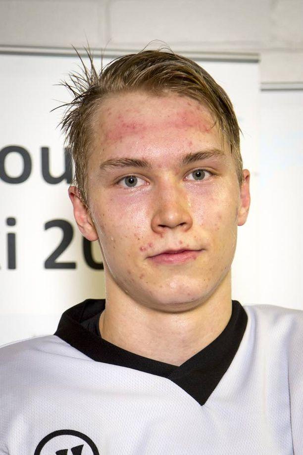 Valko-Venäjää vastaan maalin iskenyt Sebastian Repo pelaa Lahden Pelicansissa. 19-vuotias Repo on Lahden Pelicansin oma kasvatti.