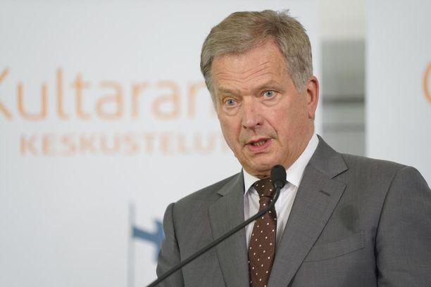 Presidentti Sauli Niinistö kiitteli Facebookissa Laitilan toimintaa.