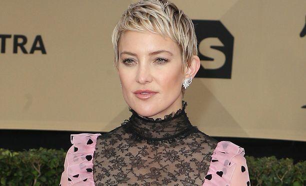 Kate Hudson, 38, tunnetaan esimerkiksi elokuvista Kuinka hukata kundi 10 päivässä, Kasvukipuja ja Rakkaus lainassa.