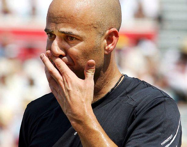 Andre Agassi lopettaa peliuransa syksyllä.