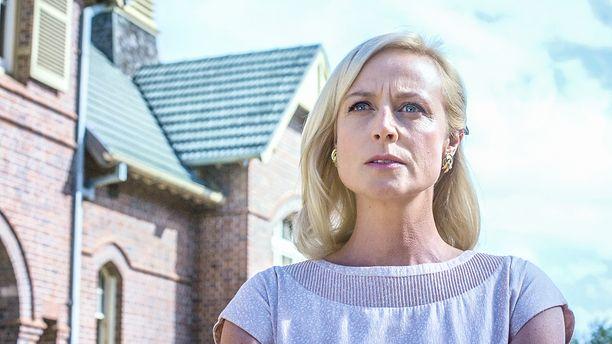 Sarahin roolissa jatkaa Marta Dusseldorp.