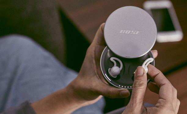 Sleepbuds-kuulokkeita käytetään apuna nukahtamiseen.