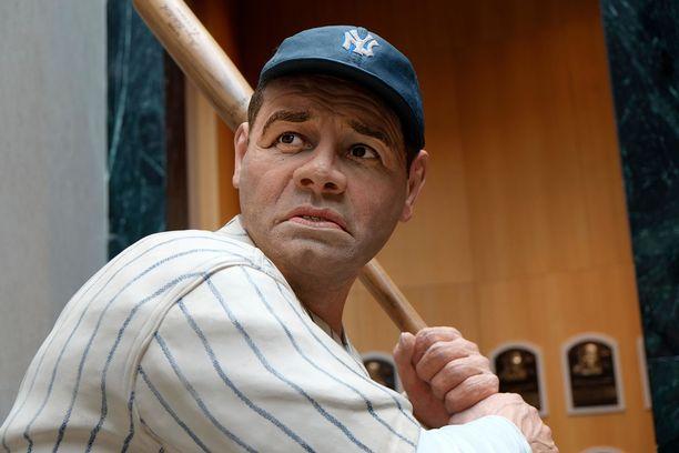 Tältä näyttää Babe Ruth vahanukeksi ikuistettuna. Kuva on baseballin Hall of Fame -museosta New Yorkista.