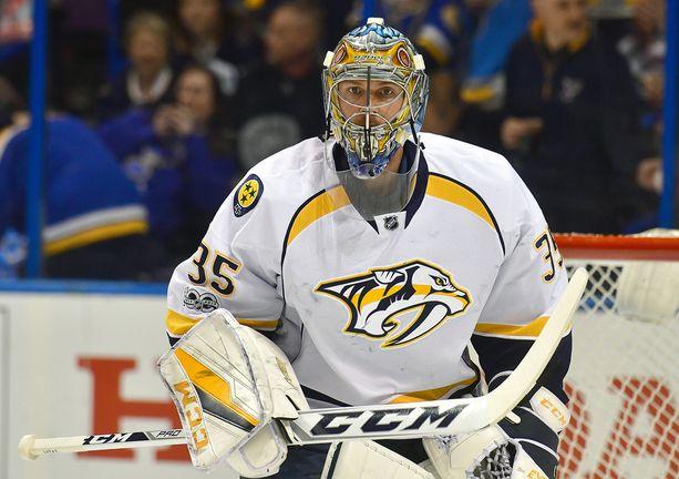 Pekka Rinne on pelannut yli 500 peliä Nashville Predatorsin maalilla. Nyt hän on 34-vuotiaana neljän voiton päässä Stanley Cupista - ja Conn Smythe Trophysta.