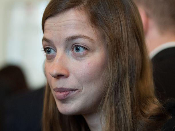 """Vasemmistoliiton puheenjohtaja Li Anderssonin mukaan hallituksen luottamuksen mittauttaminen osoittaa, että """"paniikki on aika kova hallituspuolueiden sisällä""""."""
