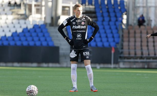 Santeri Hostikka ampui FC Lahden avausmaalin.