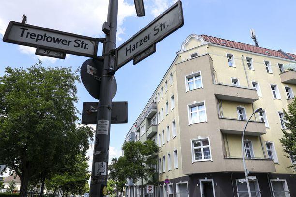 Yleiskuvaa Berliinin Neuköllnin alueelta, jossa seitsemän asuinrakennusta on jouduttu laittamaan karanteeniin koronavirustartuntapiikin takia.