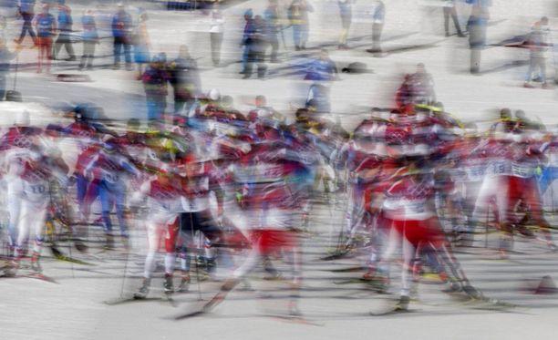Sotshin olympialaisten 50 kilometrin kisassa nähtiin urheilijoita, jotka ovat antaneet urallaan todella epäilyttäviä verinäytteitä. Ketään näistä urheilijoista ei kuitenkaan ole tuomittu dopingista.