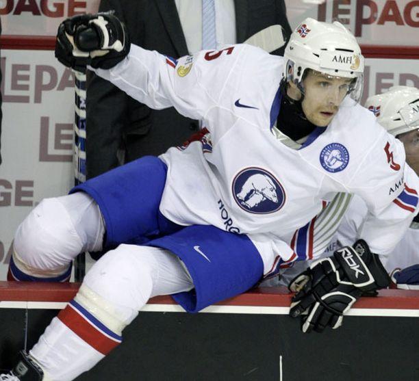 Juha Kaunismäki pelasi Norjan olympiajoukkueessa Vancouverissa.