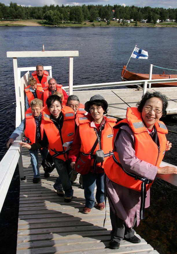 Eri maiden ulkoministeriöt ohjeistavat Suomeen tulevia turisteja.