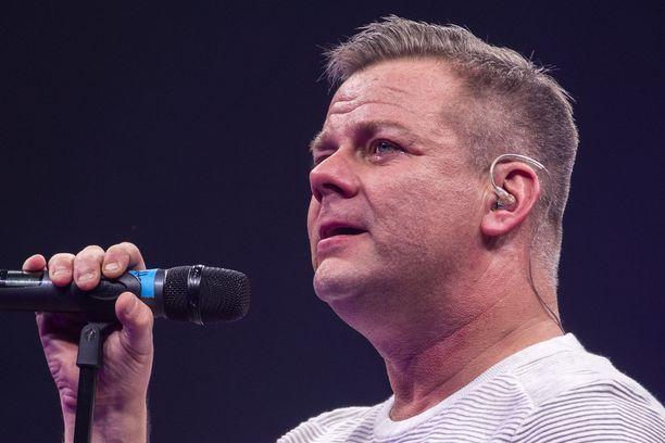 Yleisön voimakas reaktio Sillanpään esitykseen sai artistin itsensäkin kyyneliin.