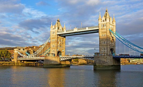 Tower-silta on yksi Lontoon maamerkeistä.