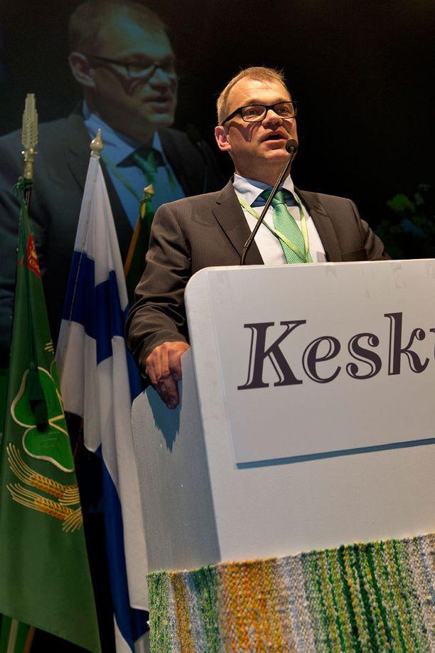 Juha Sipilä keskustan puoluekokouksessa Turussa perjantaina.