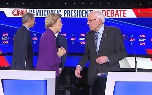 """Hups! Päällä ollut mikrofoni paljasti Trumpin haastajien riidan - """"Kutsuit minua valehtelijaksi?"""""""
