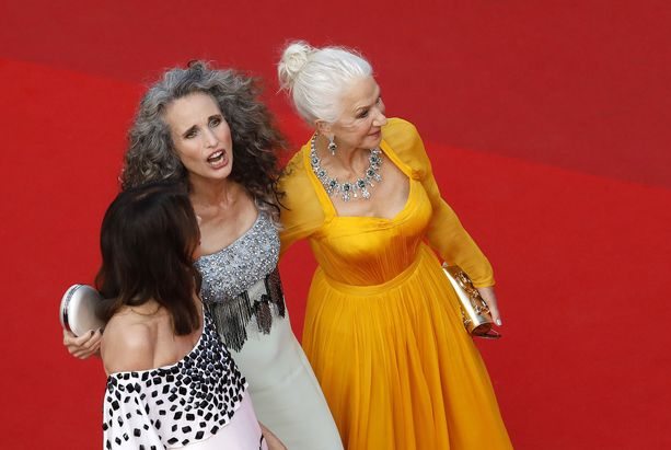 Harmaat hiukset olivat kauniisti edustettuina Cannesissa.