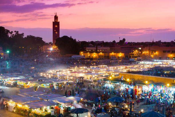 Marrakech tunnetaan kuhisevista basaareistaan.