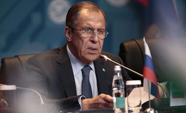 Ulkoministeri Sergei Lavrovin mukaan kukaan ei vie jalkapallokisoja Venäjältä.