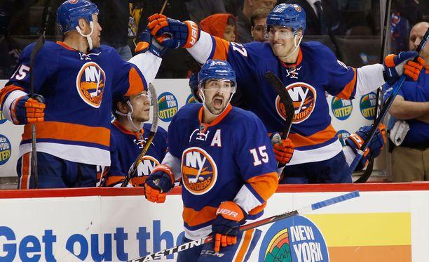 New York Islanders nappasi maukkaan voiton.