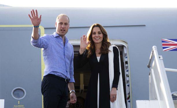 Prinssi William ja herttuater Catherine matkustavat paljon.