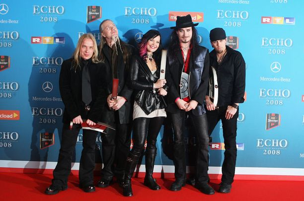 AMERIKKAAN Nightwishin mittava Euroopan-kiertue käynnistyy maaliskuussa. Sitä ennen yhtye tekee keikan Yhdysvalloissa.