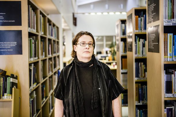 Verkostot ovat tärkeä osa vanhoillislestadiolaisten taloudellista toimintaa, aiheesta tutkimuksen tehnyt politiikantutkija Aini Linjakumpu sanoo.