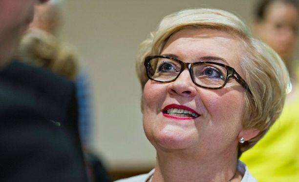 Anu Vehviläinen kertoi varapuheenjohtajuudesta luopumisestaan Suomenmaassa.