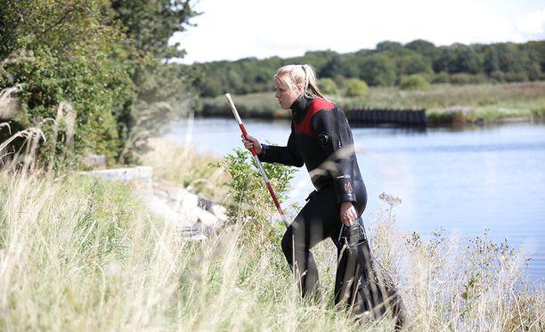 Surmansa saaneen Kim Wallin puuttuvien ruuminosien etsintä jatkuu edelleen Kööpenhaminan lähistön vesistä.